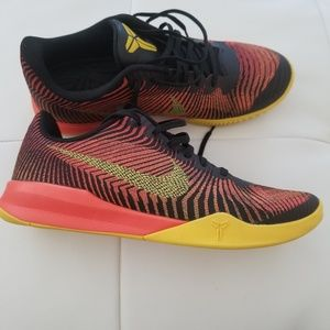 Kobe Mamba Instinct Mens Basketball Shoe